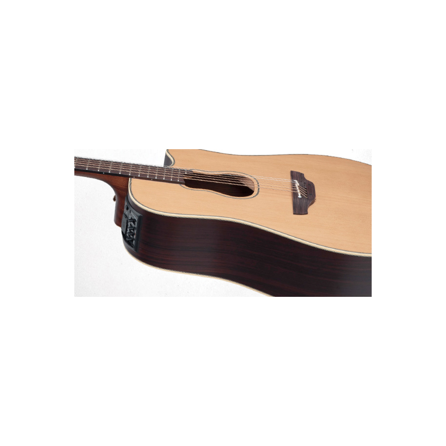 Takamine GB7C  Body Angle