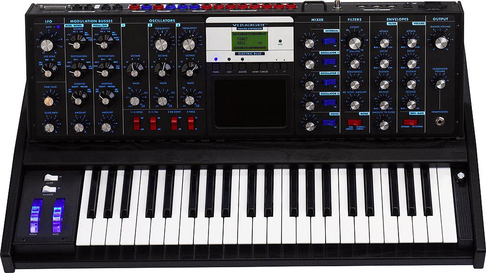 Minimoog Voyager Electric Blue V3.0