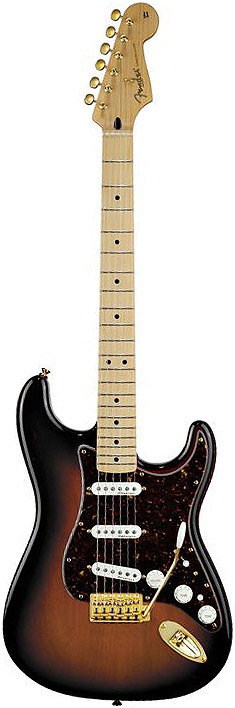 Deluxe™ Players Stratocaster® - 3-Color Sunburst Maple