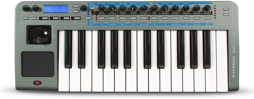 XioSynth 25