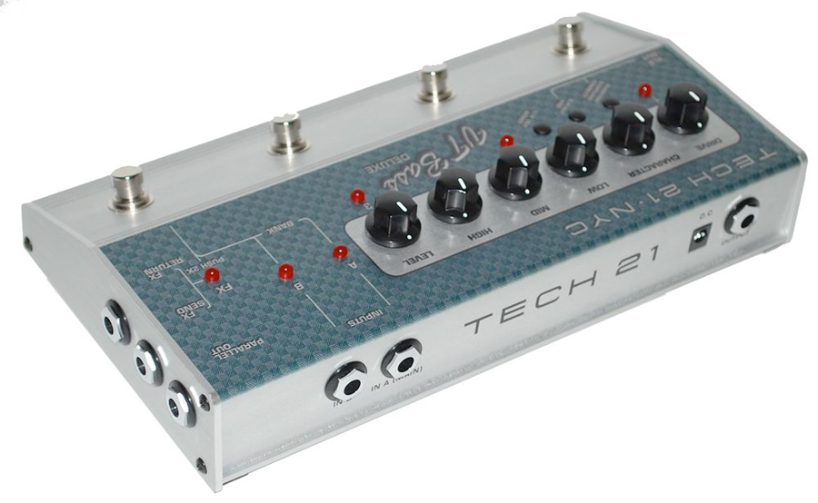 Tech21 VT Bass Deluxe  Rear View