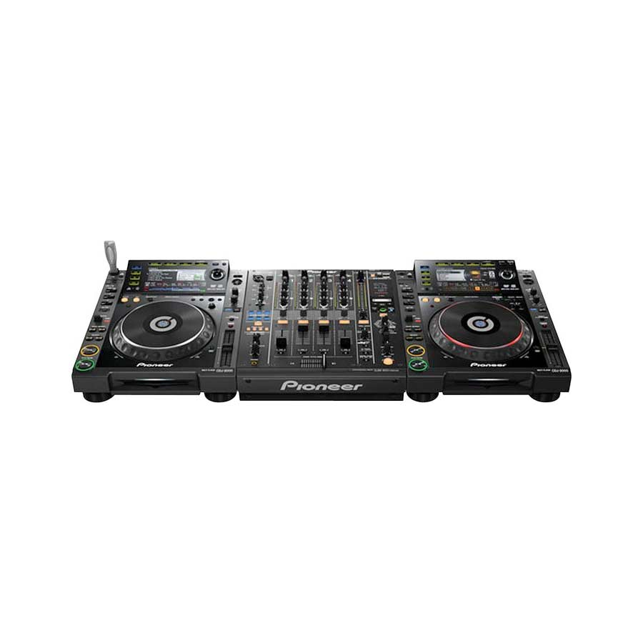 Pioneer DJM-900nexus W/ Turntables
