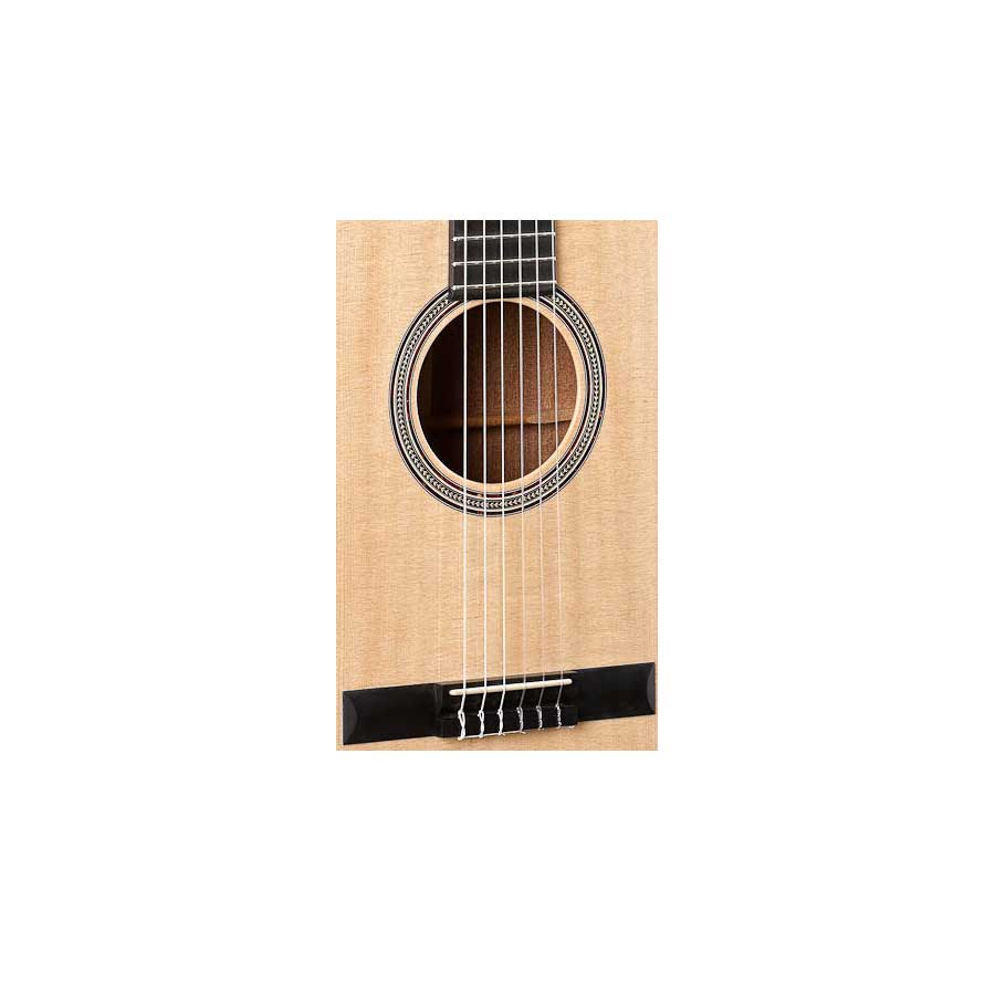 Martin 000C NYLON Body Detail
