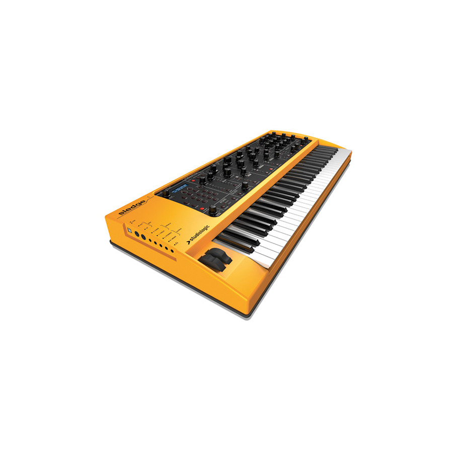Studiologic 32-Key Keyboard Analog Factory Experience Angled View