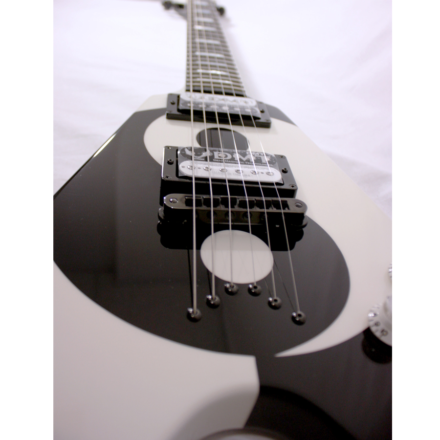 Dean USA Michael Schenker Yin Yang Bridge Detail