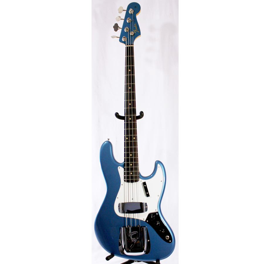 American Vintage 64 Jazz Bass Lake Placid Blue