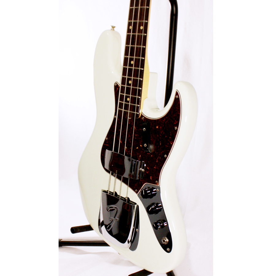 Fender American Vintage 64 Jazz Bass Olympic White Body Detail