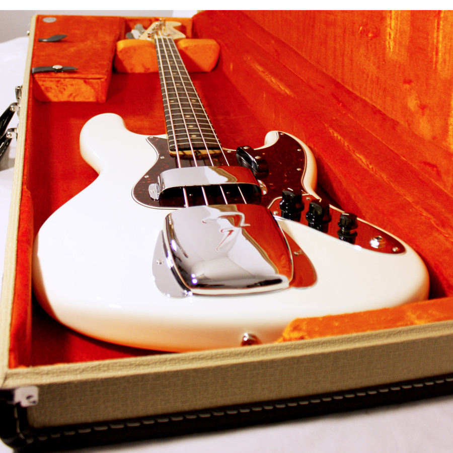 Fender American Vintage 64 Jazz Bass Olympic White Angled View