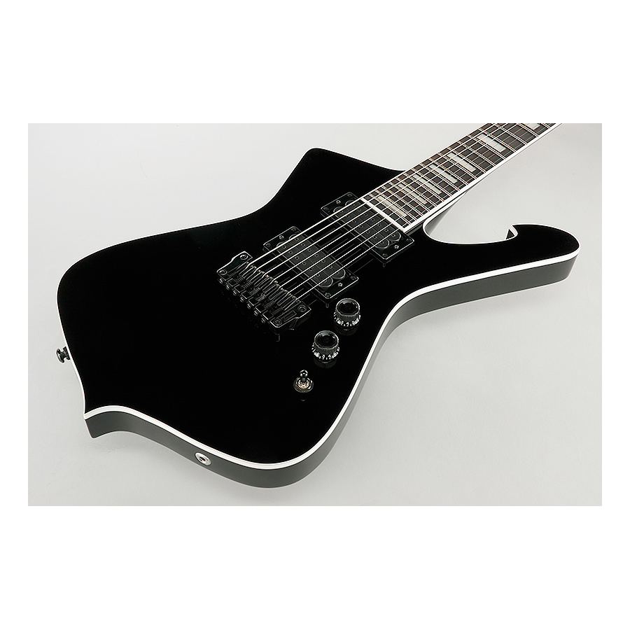 Ibanez Iceman IC507 Black Body Detail