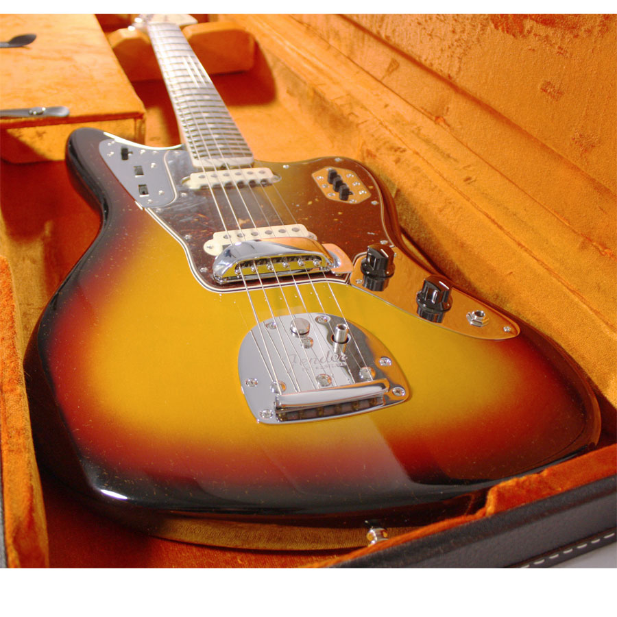 Fender American Vintage 65 Jaguar Sunburst Body Detail