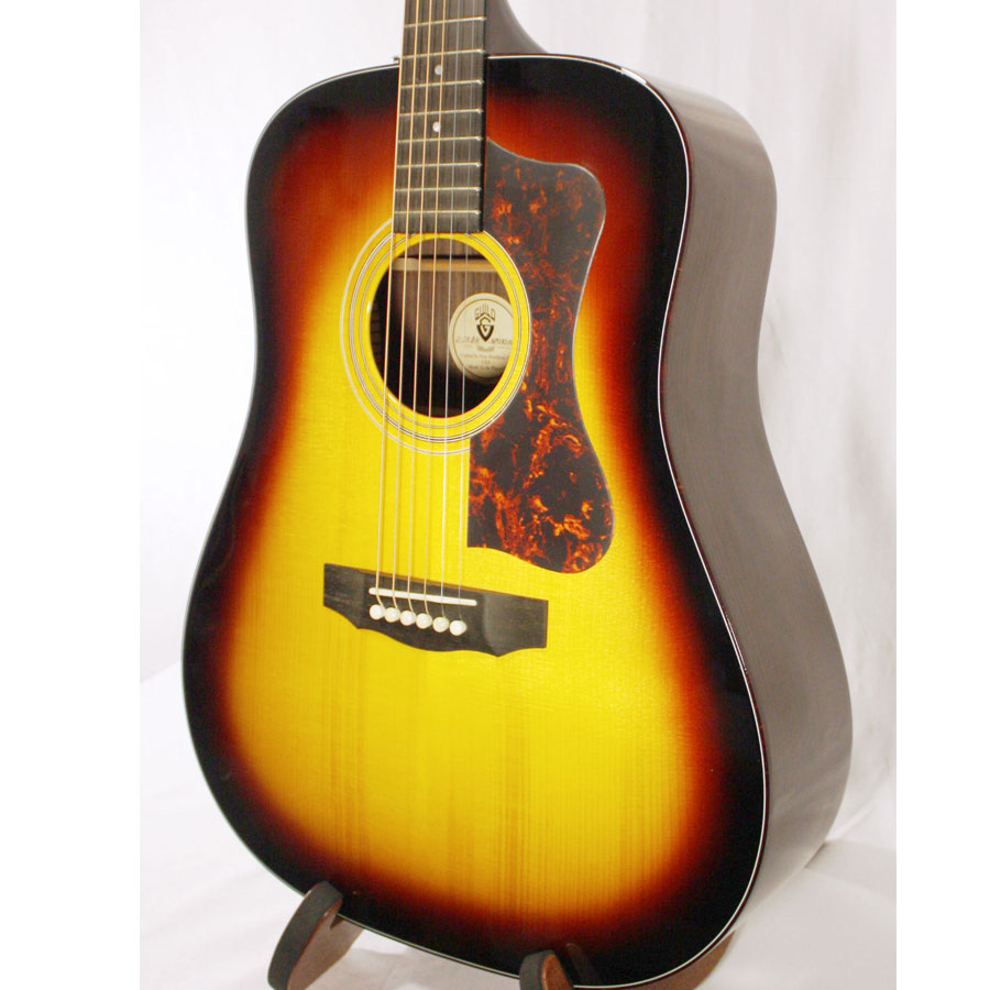 Guild D-50 Bluegrass Special Antique Burst DEMO Body Detail