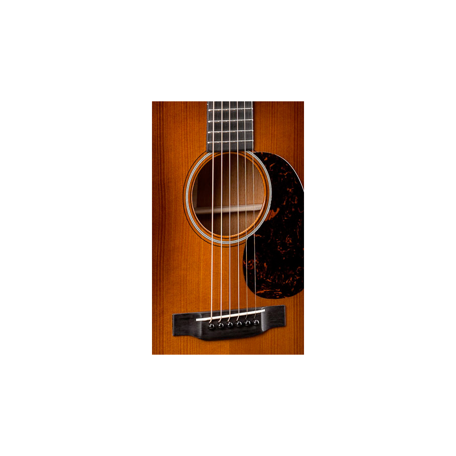 Martin OM-18 Authentic 1933 Soundhole Detail