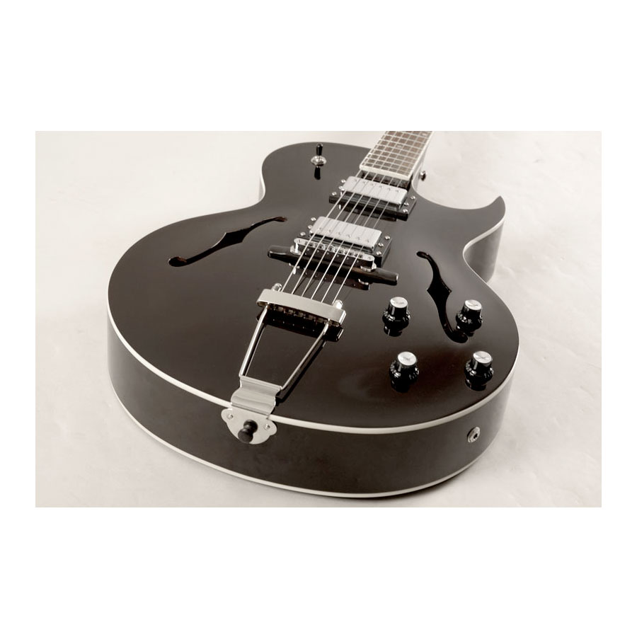 Loar LH-280-C Black Angled Body