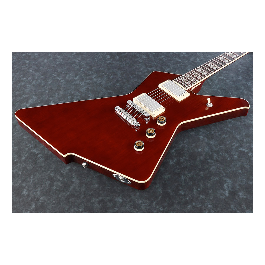 Ibanez DT420 Transparent Cherry Body Detail
