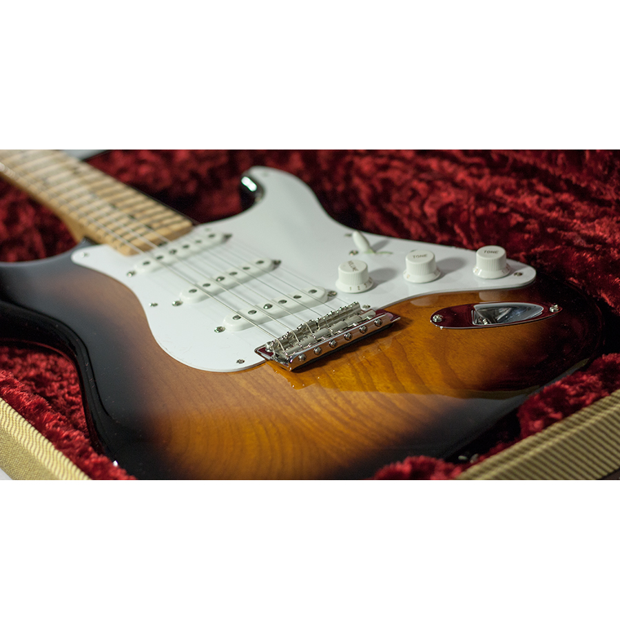 Fender 60th Anniversary American Vintage 1954 Stratocaster - 2-Color Sunburst View 7