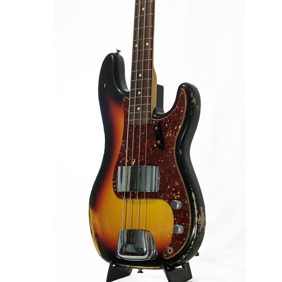 Fender 1964 Heavy Relic Precision Bass 3-Color SunburstBody Detail