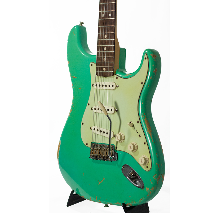 Fender 65 Heavy Relic Stratocaster Seafoam Green  Body Detail